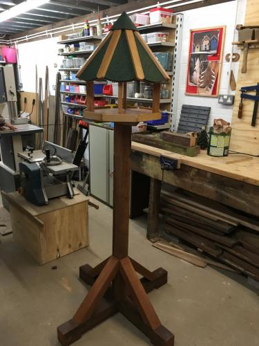 Deluxe Bird Table
