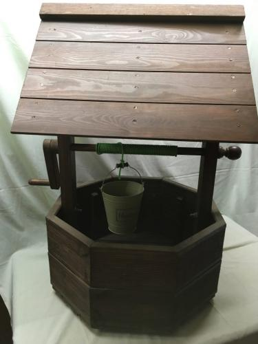 Wooden Garden Wishing Well